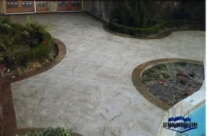 Decoración de piso  con Textura de piedra natural.
